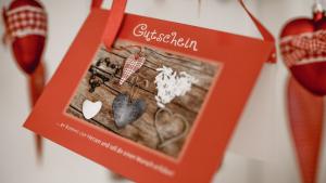 Die Geschenkidee für alle, Gutschein von Simone Schmid zur Farbberatung und Stilberatung in Langgöns bei Gießen und Wetzlar